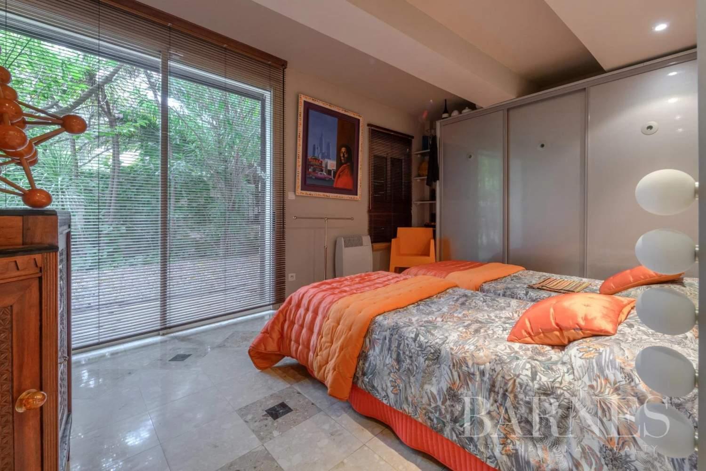 Le Pradet  - Maison 12 Pièces 4 Chambres - picture 16