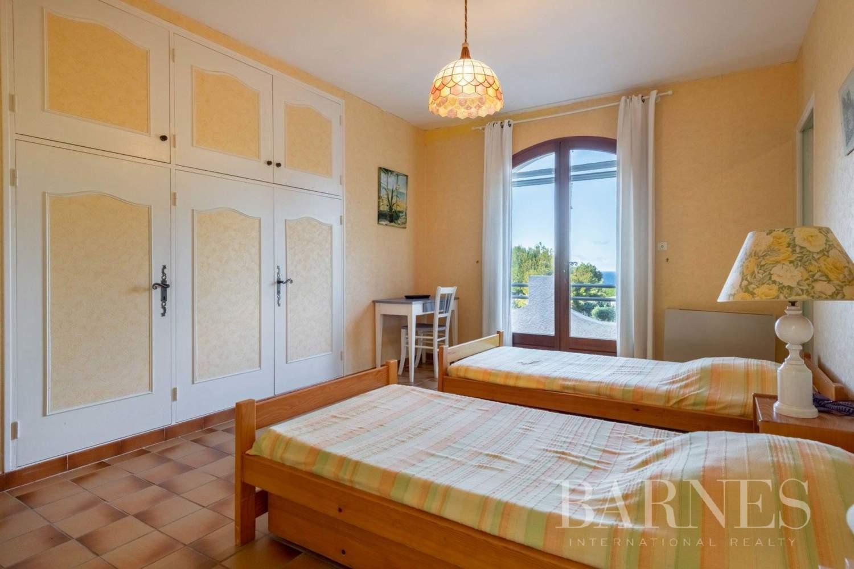 Saint-Cyr-sur-Mer  - Maison 9 Pièces 5 Chambres - picture 12