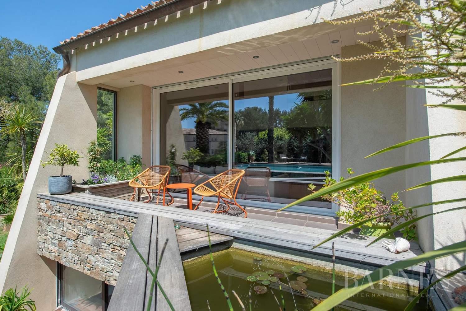 Vente - Sanary - La Cride - Villa d'architecte - Piscine - Proche plage et port picture 15