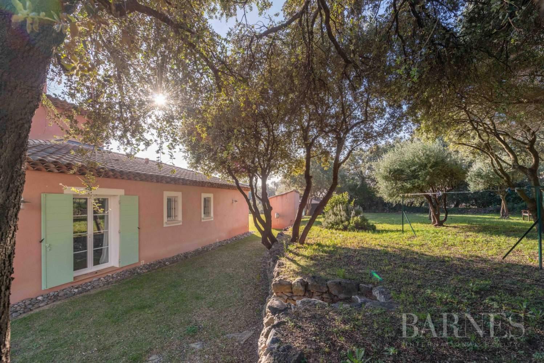 Sanary - Secteur du Lançon - villa 200m² - piscine - terrain 2197 m² picture 17