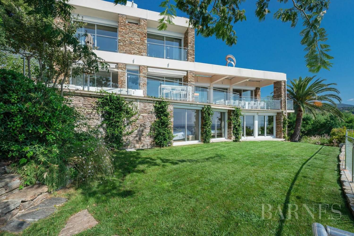 A vendre Le Lavandou villa 6 chambres vue mer panoramique - piscine picture 14