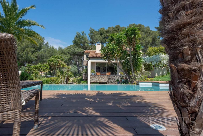 Vente - Sanary - La Cride - Villa d'architecte - Piscine - Proche plage et port picture 1