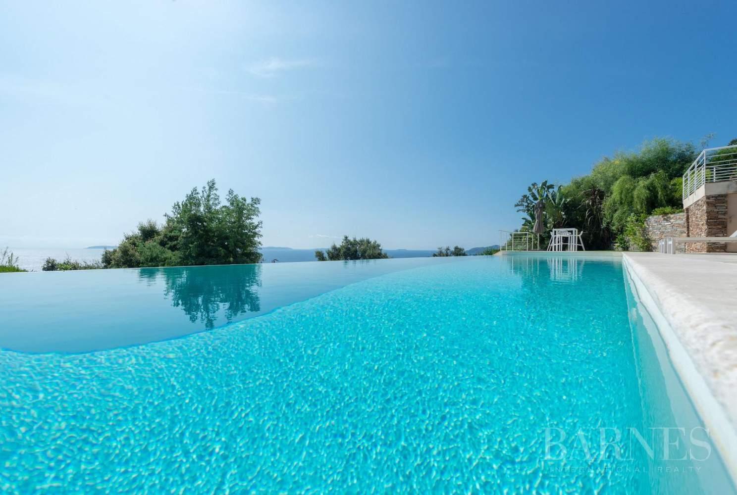 A vendre Le Lavandou villa 6 chambres vue mer panoramique - piscine picture 11