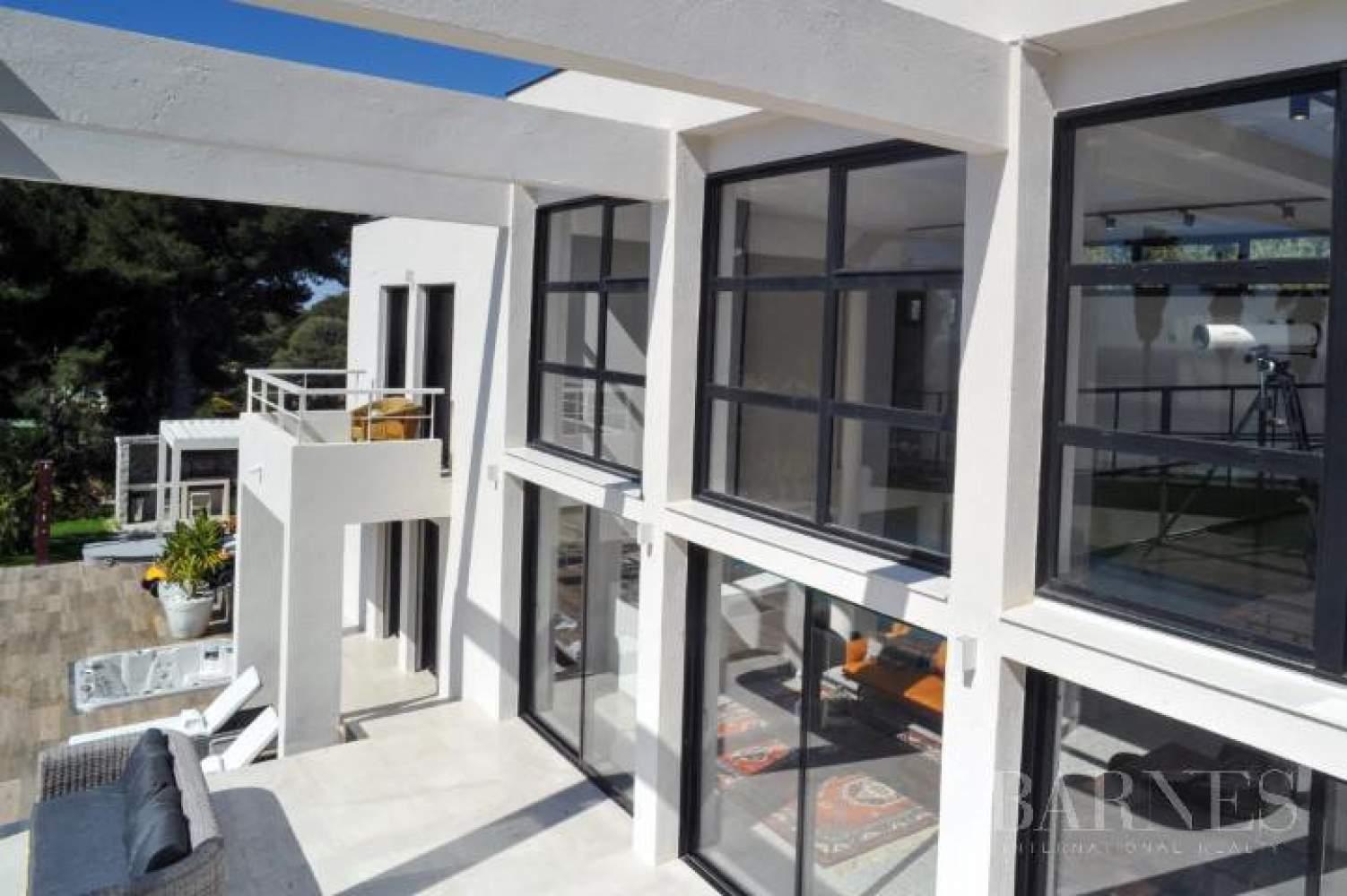 Saint-Cyr-sur-Mer  - Maison 8 Pièces 6 Chambres - picture 14
