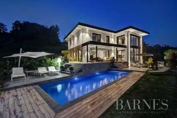 Villa Cuvat  -  ref 5647324 (picture 2)