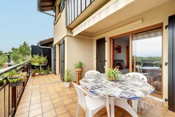 Apartment, Ville-la-Grand - Ref 2961106