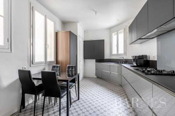 Appartement Paris 75010  -  ref 5467690 (picture 3)