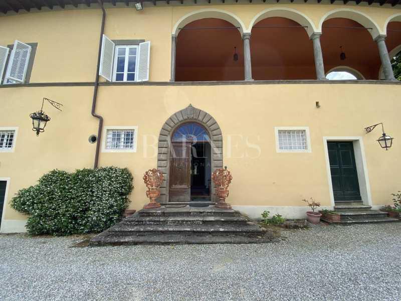 Lucca  - Villa 6 Bedrooms