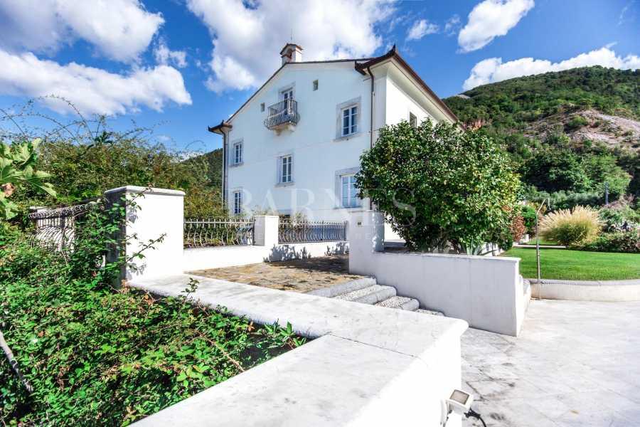 Pietrasanta  - Villa