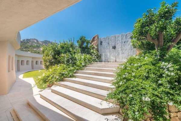 Villa Porto Cervo  -  ref 3957663 (picture 3)