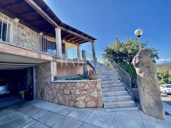 Villa Arzachena  -  ref 3887965 (picture 2)