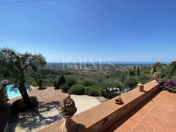 Villa Pietrasanta  -  ref 4176223 (picture 2)