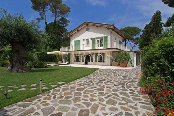 Villa Forte dei Marmi  -  ref 4297190 (picture 2)