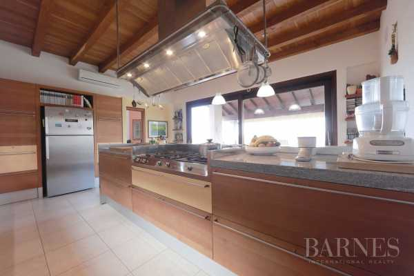 Villa Varese  -  ref 3252744 (picture 1)