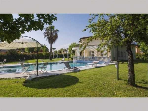 Villa Forte dei Marmi  -  ref 4007502 (picture 2)