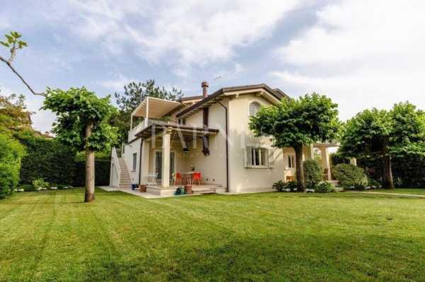 Villa Forte dei Marmi  -  ref 4958429 (picture 2)