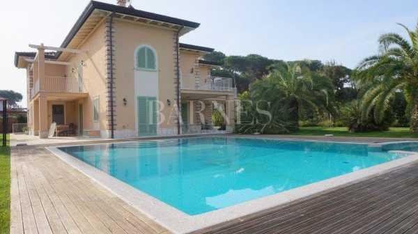 Villa Forte dei Marmi  -  ref 4007421 (picture 1)