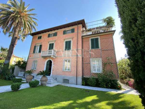 Villa Pietrasanta  -  ref 3866808 (picture 2)