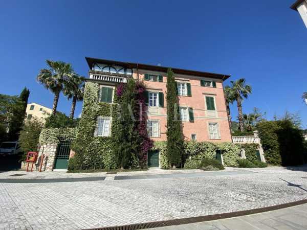 Villa Pietrasanta  -  ref 3866808 (picture 1)