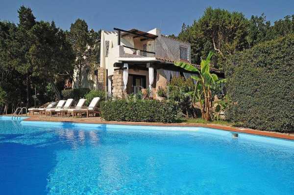 Villa Porto Cervo  -  ref 3895884 (picture 1)
