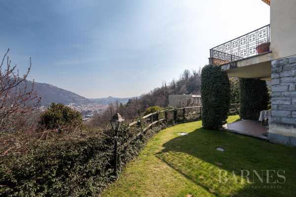 Villa Como  -  ref 3252552 (picture 1)