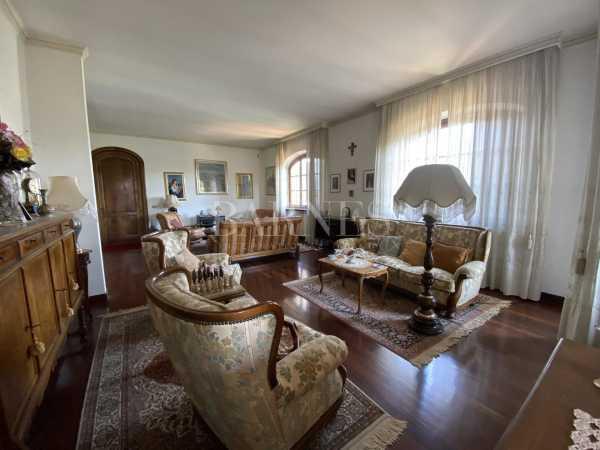 Villa Lucca  -  ref 3820199 (picture 1)