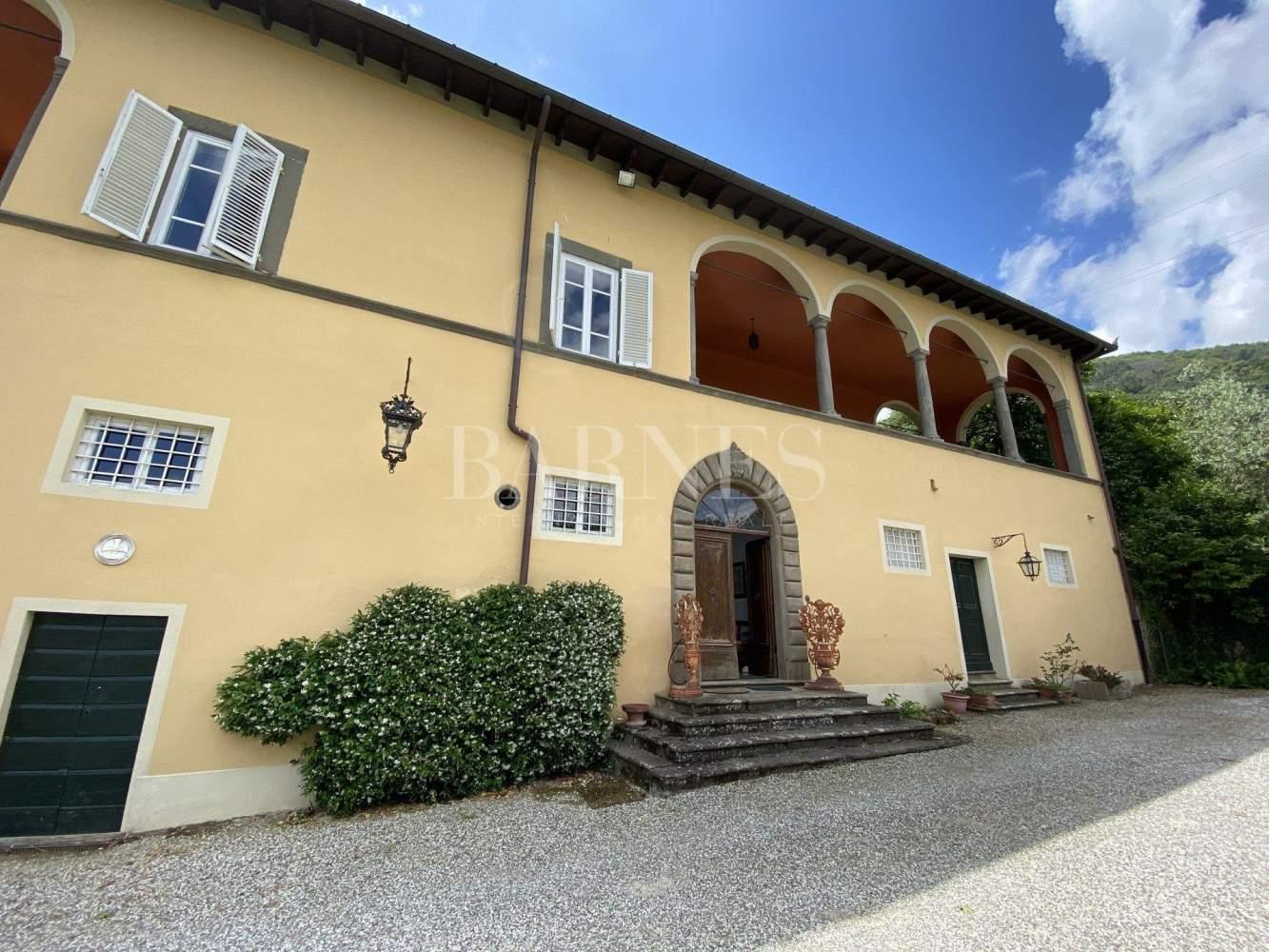 Lucca  - Villa 6 Bedrooms - picture 1