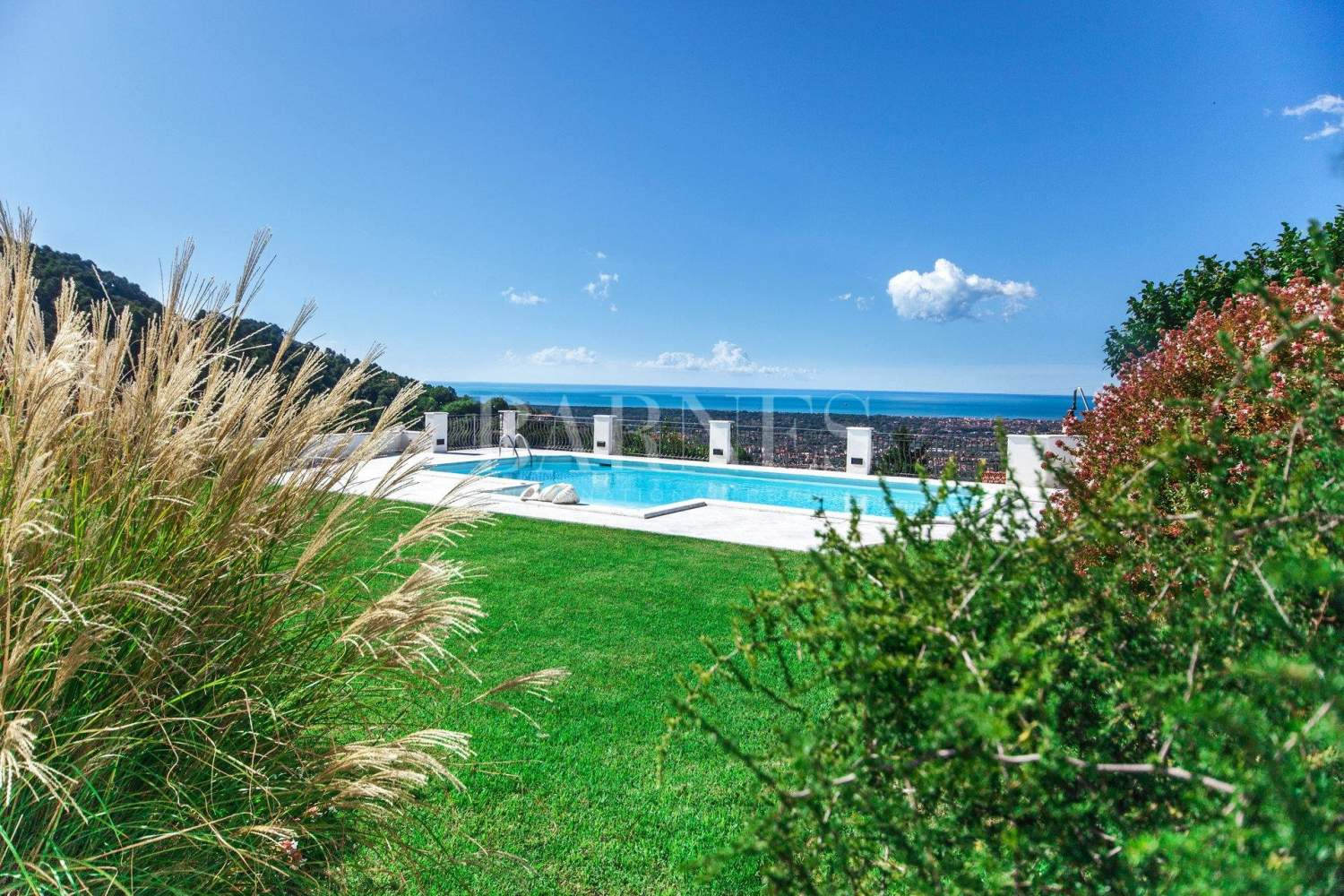 Villa with panoramic views on the sea and mountains, swimming pool picture 3