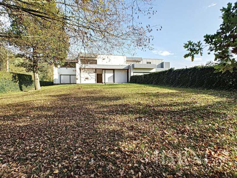 Genval  - Duplex 8 Pièces 3 Chambres
