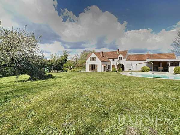 House Lasne  -  ref 5357331 (picture 2)