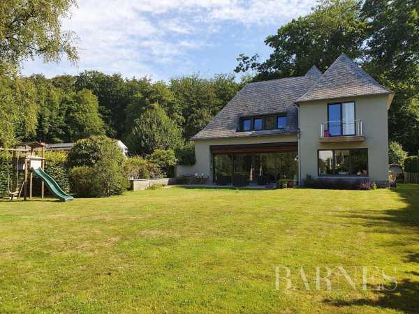 Villa Rhode-Saint-Genese  -  ref 3969969 (picture 1)