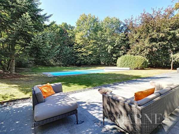 Villa Lasne  -  ref 2949227 (picture 1)