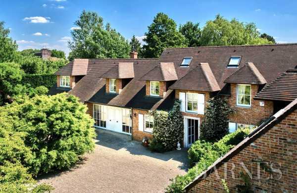 Villa Rhode-Saint-Genese  -  ref 4970120 (picture 3)