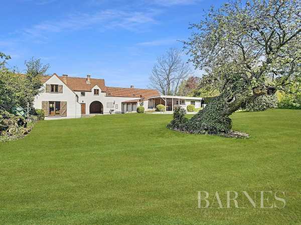 House Lasne  -  ref 5357331 (picture 1)