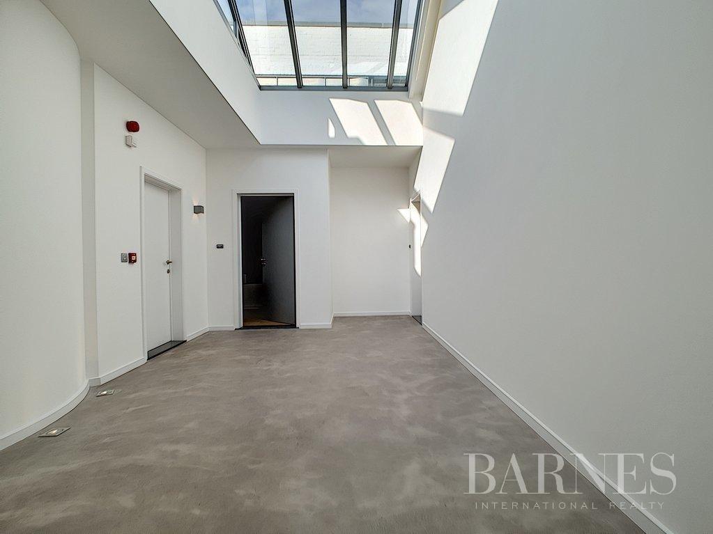 Genval  - Duplex 8 Pièces 3 Chambres - picture 3