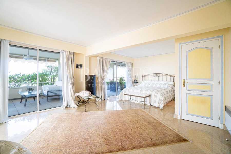Le Cannet  - Appartement 7 Pièces 5 Chambres
