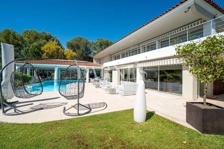 Le Cannet  - Villa 6 Pièces 4 Chambres