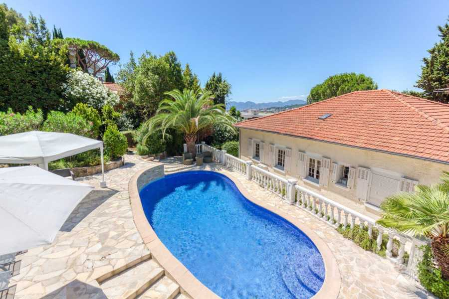 LE CANNET - RESIDENTIAL - 6 BEDROOMS VOILLA - SWIMMING POOL picture 8