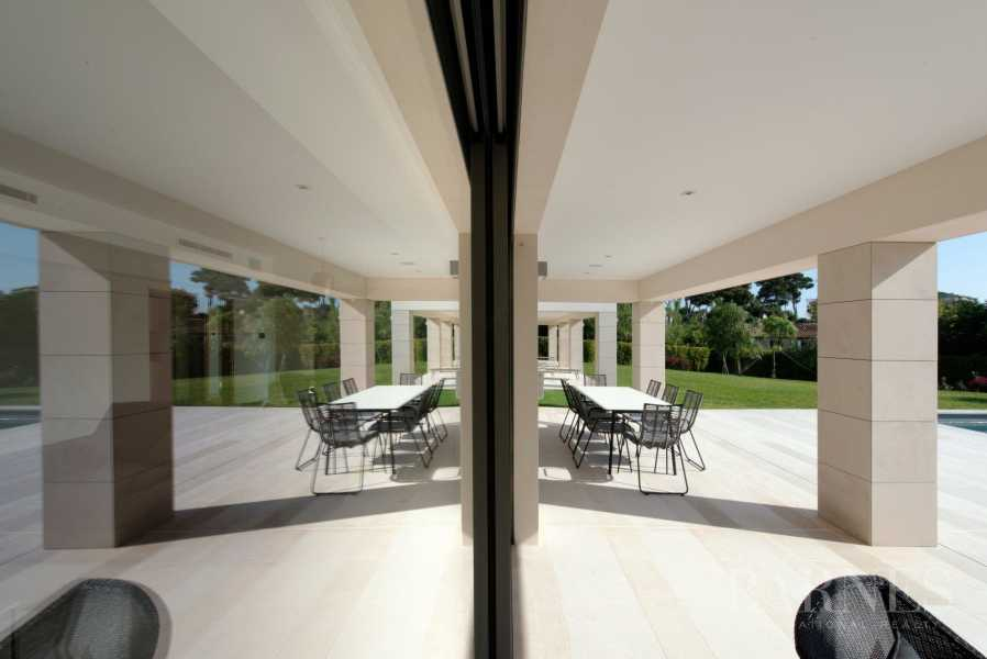 Antibes  - Villa 6 Bedrooms