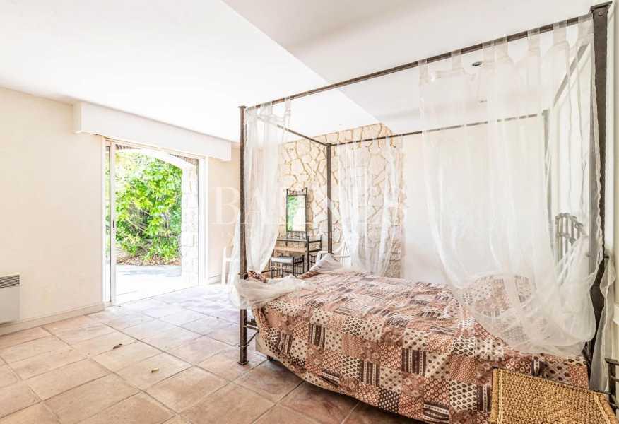 Vallauris  - Villa 7 Pièces 5 Chambres
