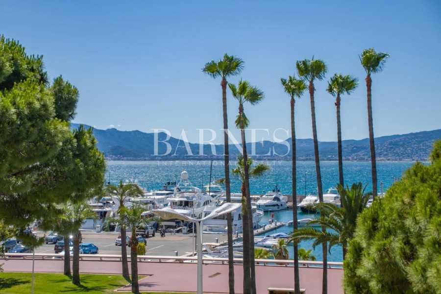 Cannes  - Piso 3 Cuartos, 1 Habitacion