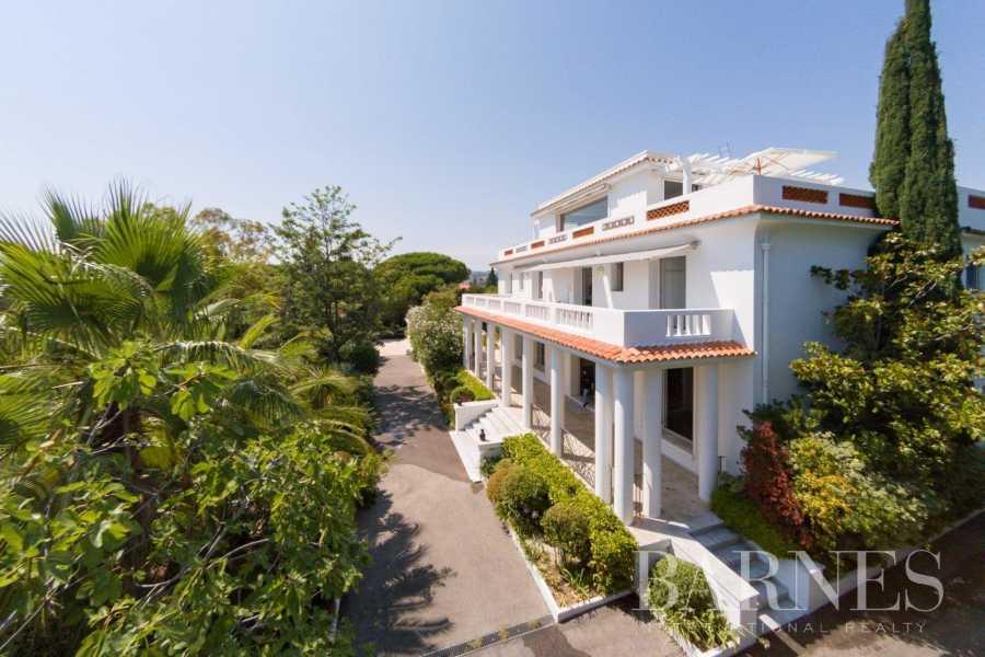 Antibes  - Villa  6 Chambres