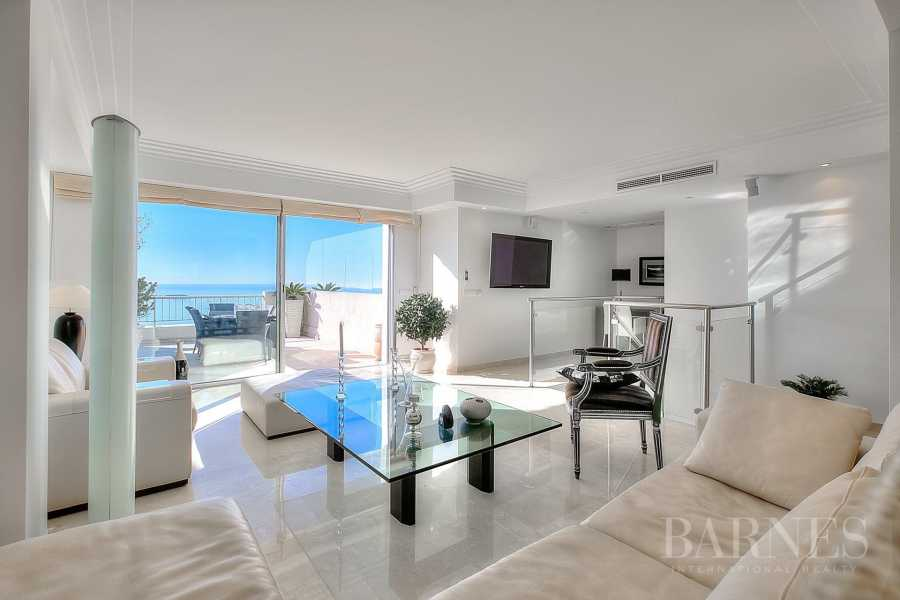 CANNES - CALIFORNIE - DUPLEX APARTMENT - TOP FLOOR APARTMENT - 3 BEDROOMS - PANORAMIC SEA VIEW picture 15