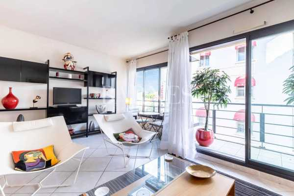 Appartement Cannes  -  ref 2852366 (picture 1)