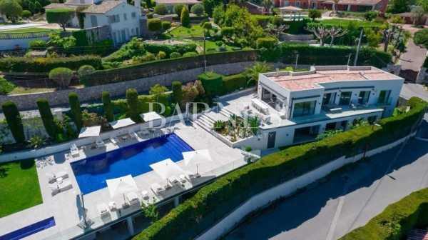 Villa Cannes  -  ref 5526055 (picture 1)