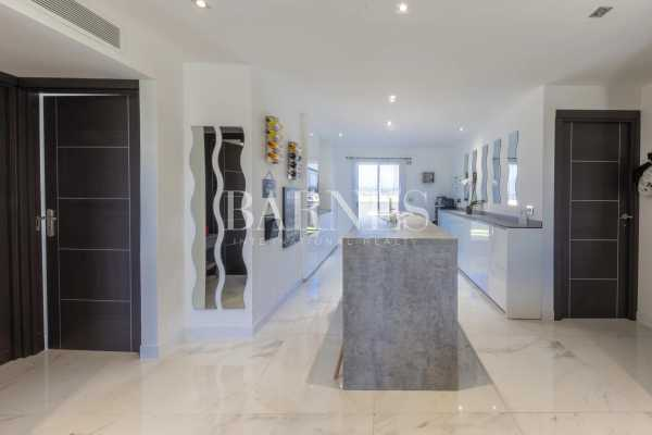 Appartement Antibes  -  ref 5909746 (picture 3)