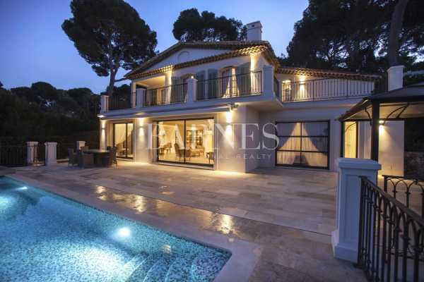 Villa Antibes  -  ref 5679226 (picture 1)
