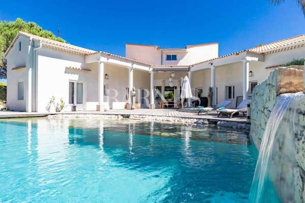 Villa Antibes - Ref 5743968
