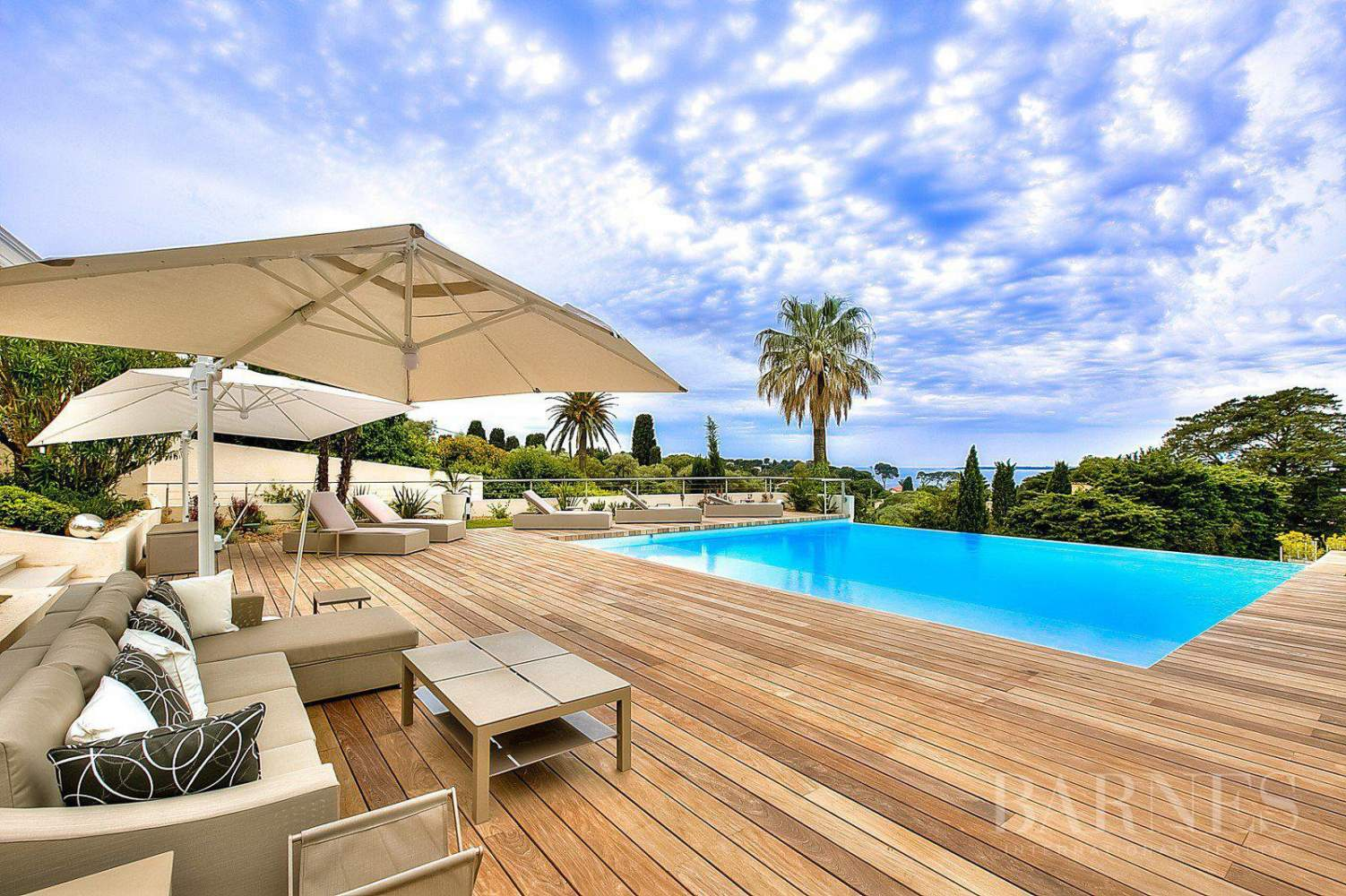 CAP D'ANTIBES - CONTEMPORARY VILLA - PANORAMIC SEA VIEW - 6 BEDROOMS picture 1