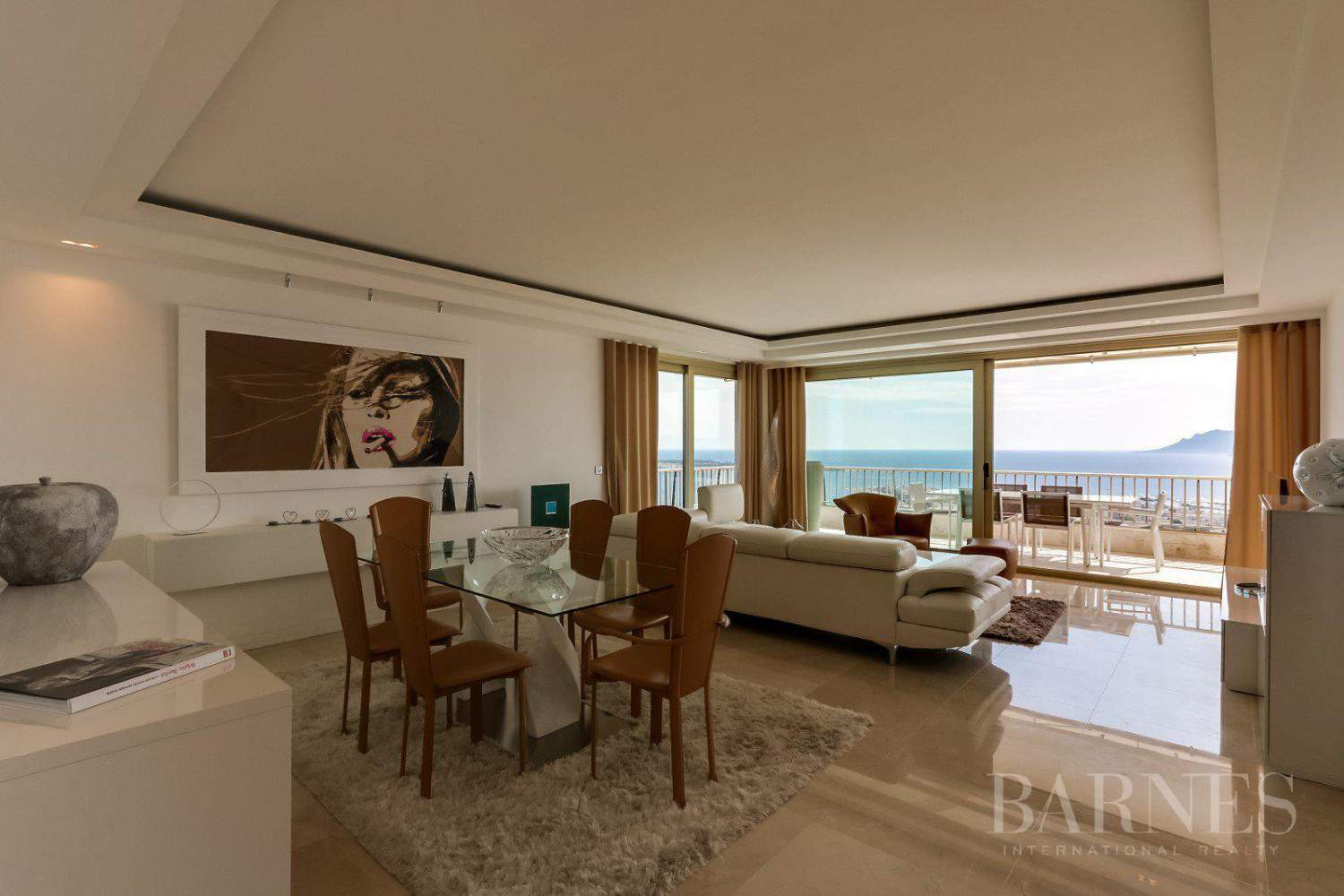 CANNES - BASSE CALIFORNIE - APPARTEMENT DE PRESTIGE - VUE MER PANORAMIQUE - 3 CHAMBRES picture 2